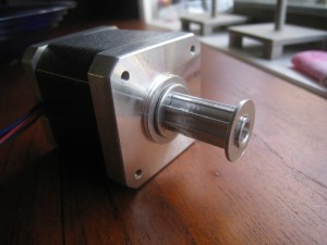 Stepper motor with aluminium pulley